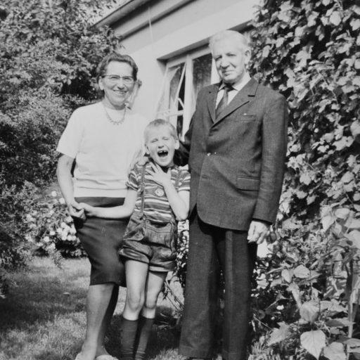 1968 | mit Oma und Opa | Vechta